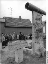 <h5>Thanks Bundesarchiv</h5><p>© by &lt;a href=&quot;http://www.bild.bundesarchiv.de&quot; target=&quot;_blank&quot;&gt;Bundesarchiv&lt;/a&gt;. Bild 183-1990-0429-010, Allgemeiner Deutscher Nachrichtendienst</p>
