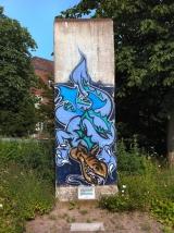"<h5>Thanks KarleHorn</h5><p>&lt;a href=&quot;http://commons.wikimedia.org/wiki/File:Teil_Berliner_Mauer_SH_Kiel.JPG#mediaviewer/File:Teil_Berliner_Mauer_SH_Kiel.JPG&quot; target=&quot;_blank&quot;&gt;Teil Berliner Mauer SH Kiel&lt;/a&gt;"" von &lt;a title=&quot;User:KarleHorn&quot; href=&quot;//commons.wikimedia.org/wiki/User:KarleHorn&quot; target=&quot;_blank&quot;&gt;KarleHorn&lt;/a&gt; - &lt;span class=&quot;int-own-work&quot;&gt;Eigenes Werk&lt;/span&gt;. Lizenziert unter &lt;a title=&quot;Creative Commons Attribution-Share Alike 3.0&quot; href=&quot;http://creativecommons.org/licenses/by-sa/3.0&quot; target=&quot;_blank&quot;&gt;CC BY-SA 3.0&lt;/a&gt; über &lt;a href=&quot;//commons.wikimedia.org/wiki/&quot; target=&quot;_blank&quot;&gt;Wikimedia Commons&lt;/a&gt;</p>"