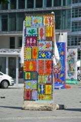 <h5>Free as a Bird</h5><p>Free as a Bird ©&lt;a href=&quot;http://www.james-rizzi.com/werkverzeichnis/skulpturen&quot; target=&quot;_blank&quot; &gt;James Rizzi/Art Licensing Inc. GmbH&lt;/a&gt;</p>