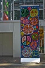 <h5>In the Spirit of Peace</h5><p>In the Spirit of Peace ©&lt;a href=&quot;http://www.james-rizzi.com/werkverzeichnis/skulpturen&quot; target=&quot;_blank&quot; &gt;James Rizzi/Art Licensing Inc. GmbH&lt;/a&gt;</p>