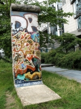 <h5>The Berlin Wall in Brussels, Belgium</h5><p>Details, Copyright: &lt;a href=&quot;http://en.the-wall-net.org/?p=158&quot; &gt;Brussels, B&lt;/a&gt; / more &lt;a href=&quot;http://en.the-wall-net.org/category/the-berlin-wall/eur/&quot; &gt;sites in Europe&lt;/a&gt;</p>