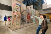 <h5>The Berlin Wall in Washington, DC</h5><p>Details, Copyright:  &lt;a href=&quot;http://en.the-wall-net.org/?p=746&quot;&gt;Washington, DC&lt;/a&gt; / more &lt;a href=&quot;http://en.the-wall-net.org/category/the-berlin-wall/us/&quot; &gt;sites in the USA&lt;/a&gt;</p>